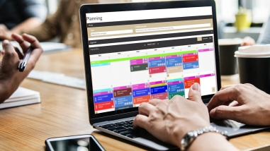 Création d'un Planning en ligne sur-mesure pour PF Debray par Kagency Nantes