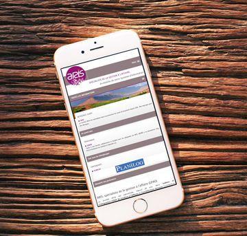 Le site web d'Aris Focus réalisé par Kagency
